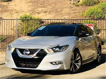 2016 Nissan Maxima w/ Red Interior *Video Available*