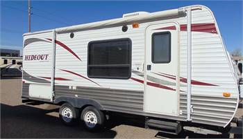 TRAVEL TRAILER - NONSLIDE HIDEOUT - RV Rental
