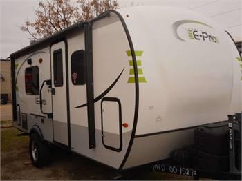 Travel Trailer - Non Slide Out - Flagstaff E Pro 19 - RV Rental